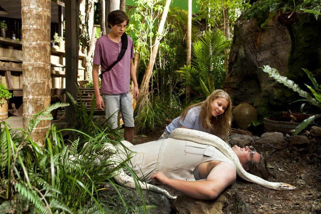 dangerous island full movie - 1020×636