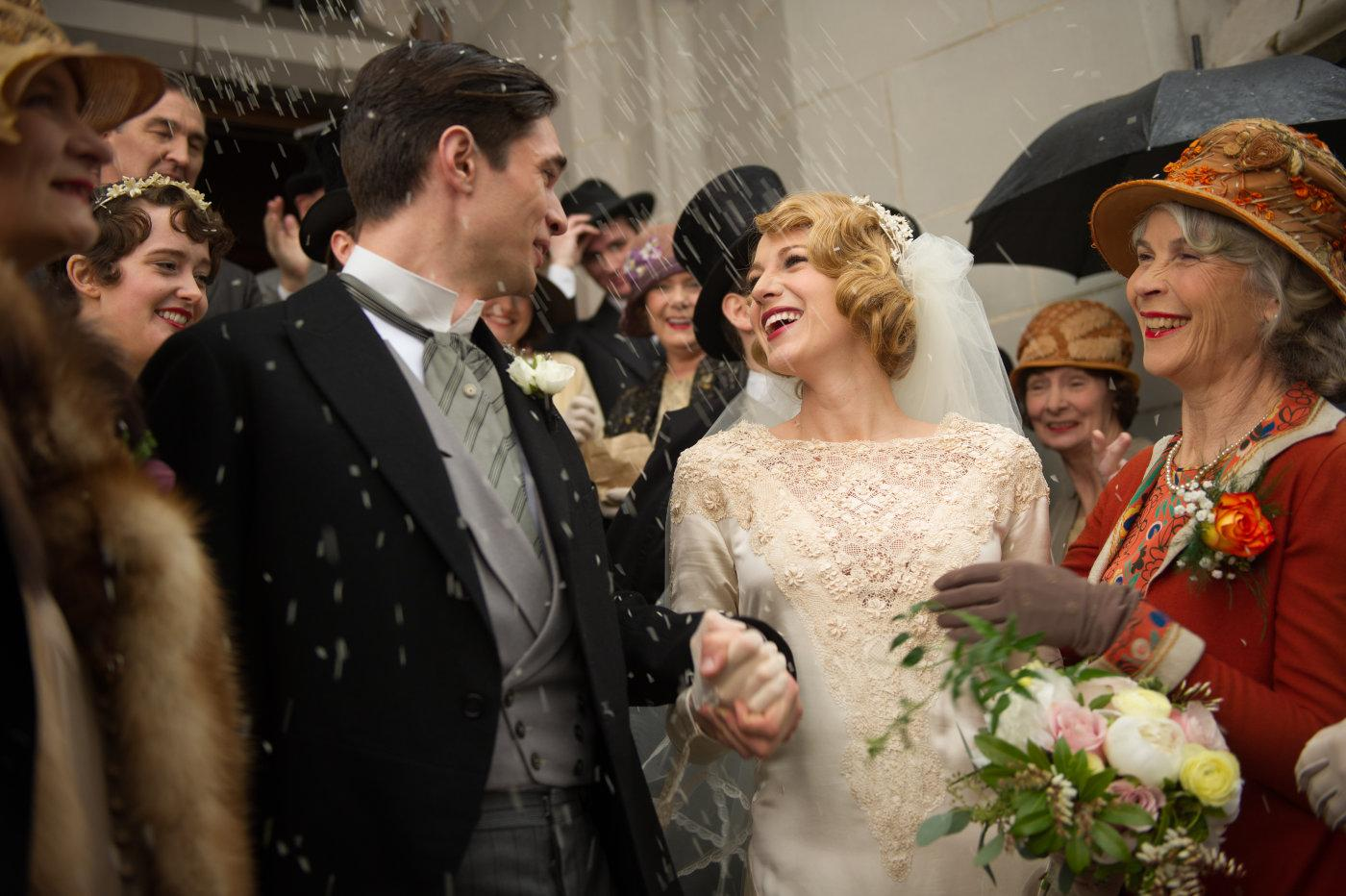 Ð?аÑ?Ñ?инки по запÑ?оÑ?Ñ? AGE OF ADALINE wedding dress