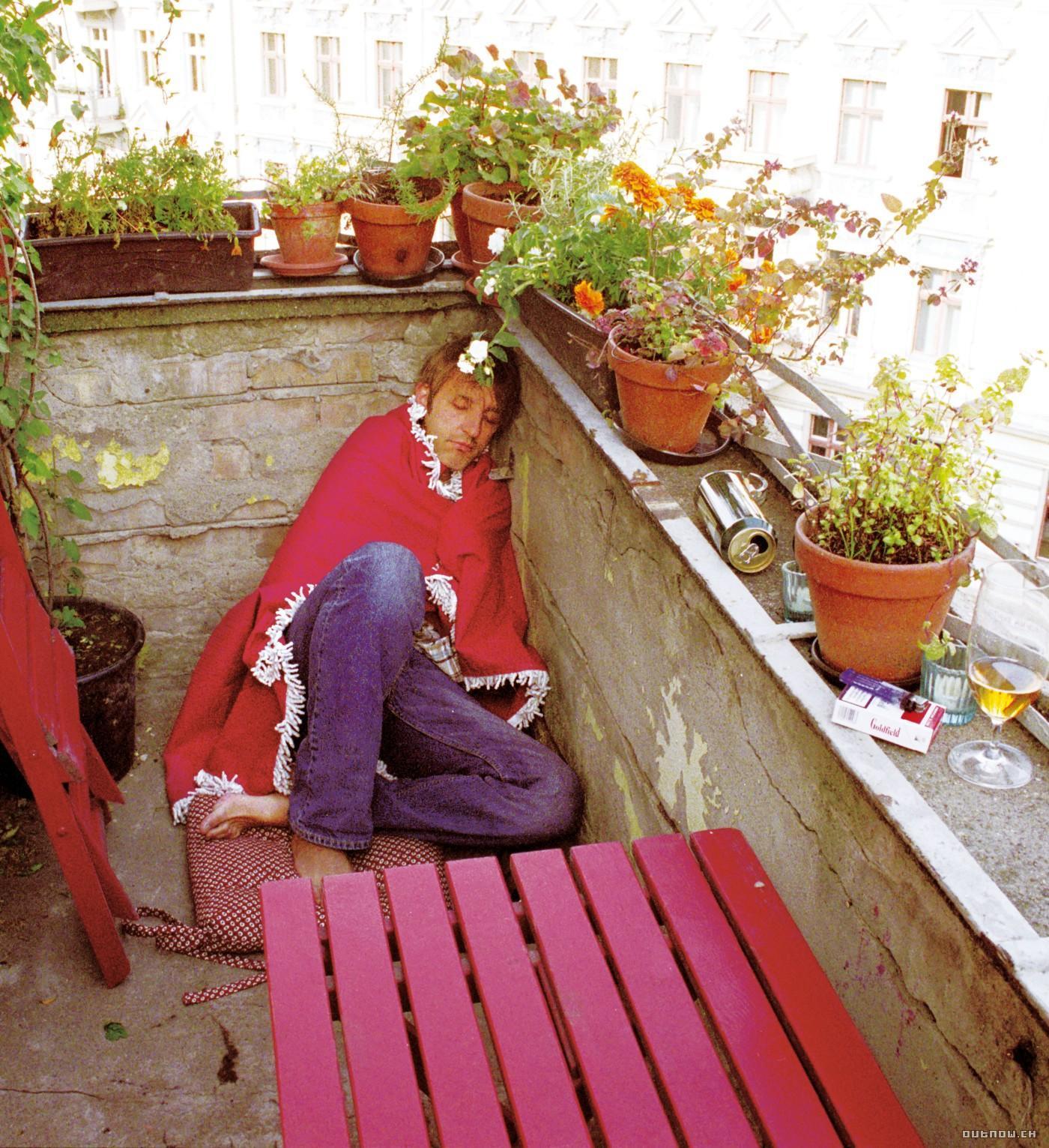 Лето на балконе 2005 посмотреть кинофильм.