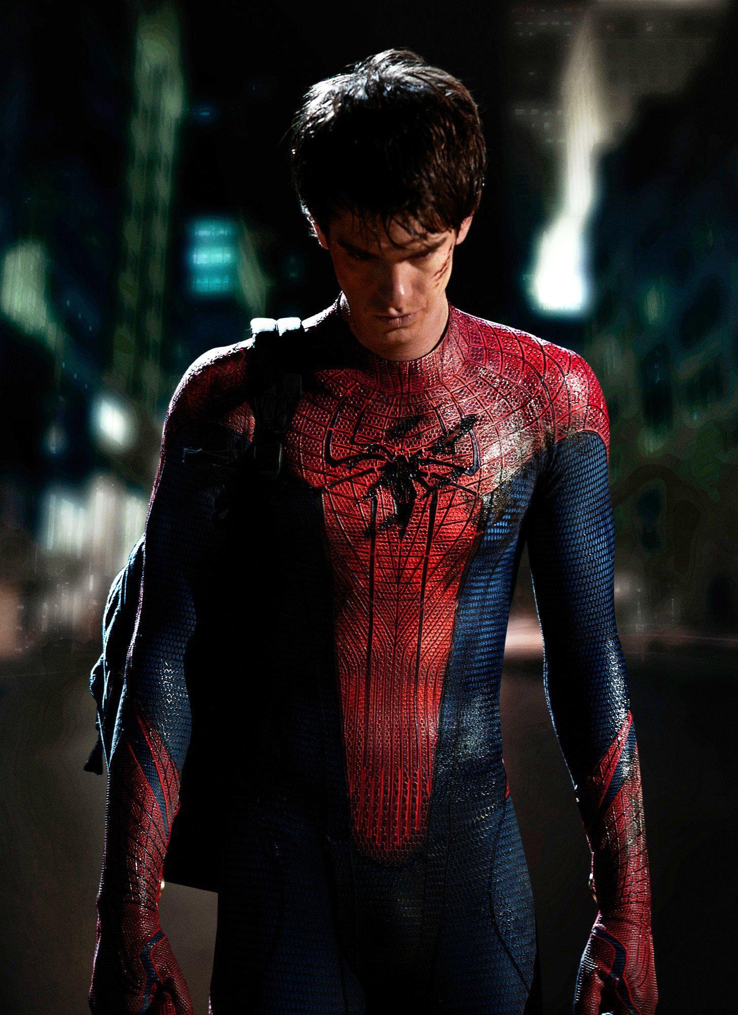 менее новый человек паук кадры картинки потом