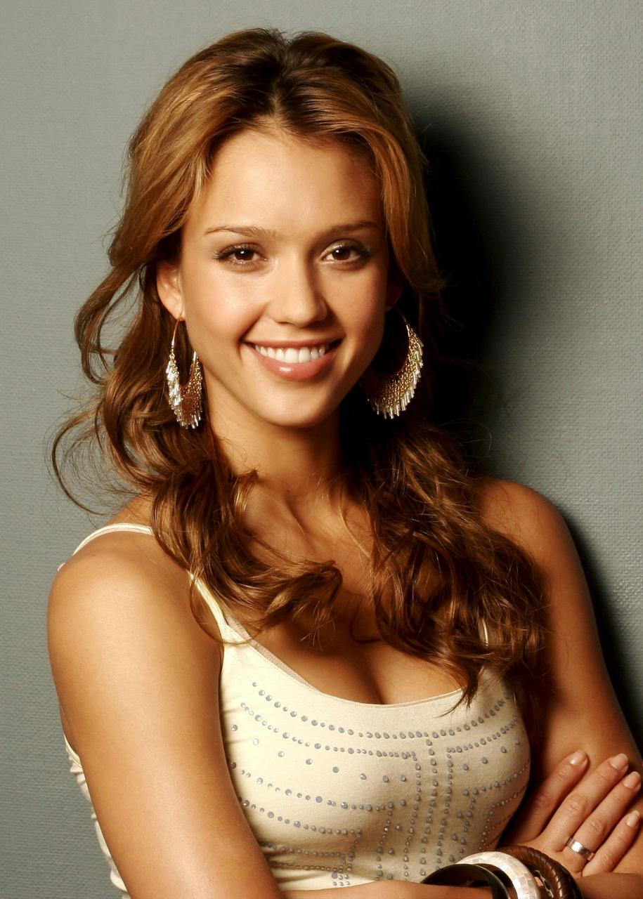 Jessica Alba Nude Photos 40