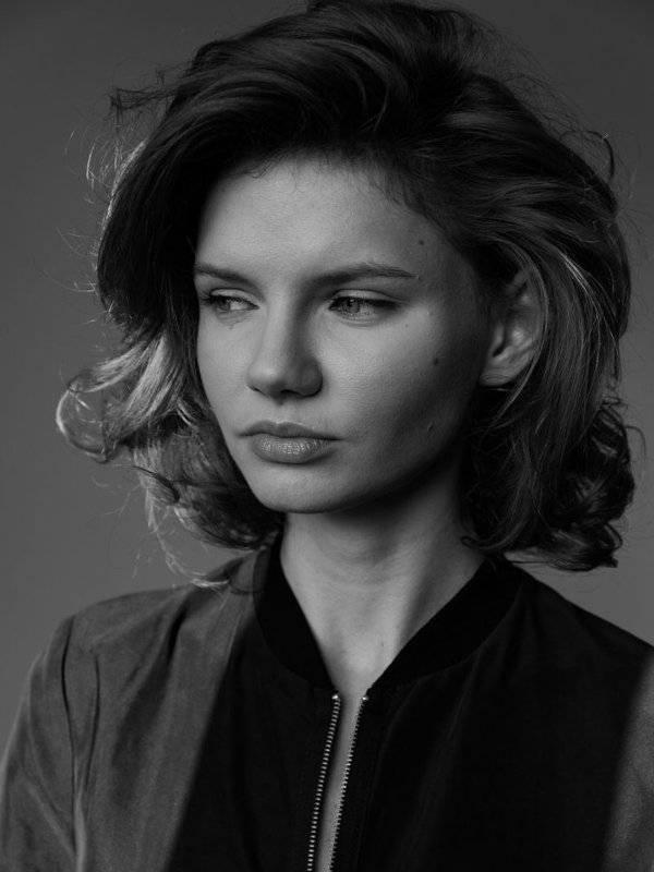 Юлия джулай работа девушке моделью пересвет