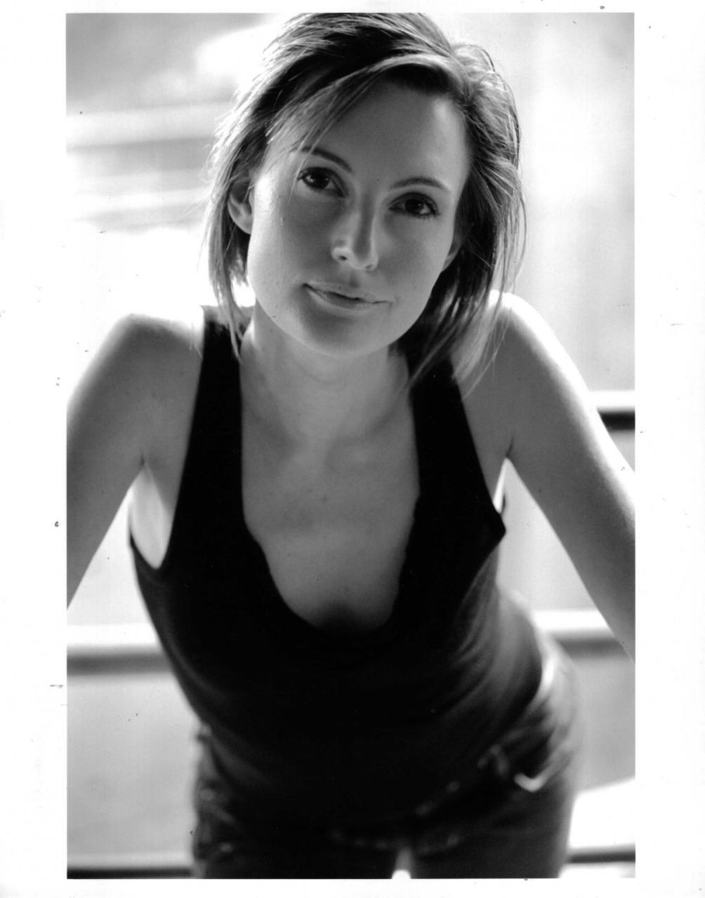 Daisy Bates Nude Photos 100