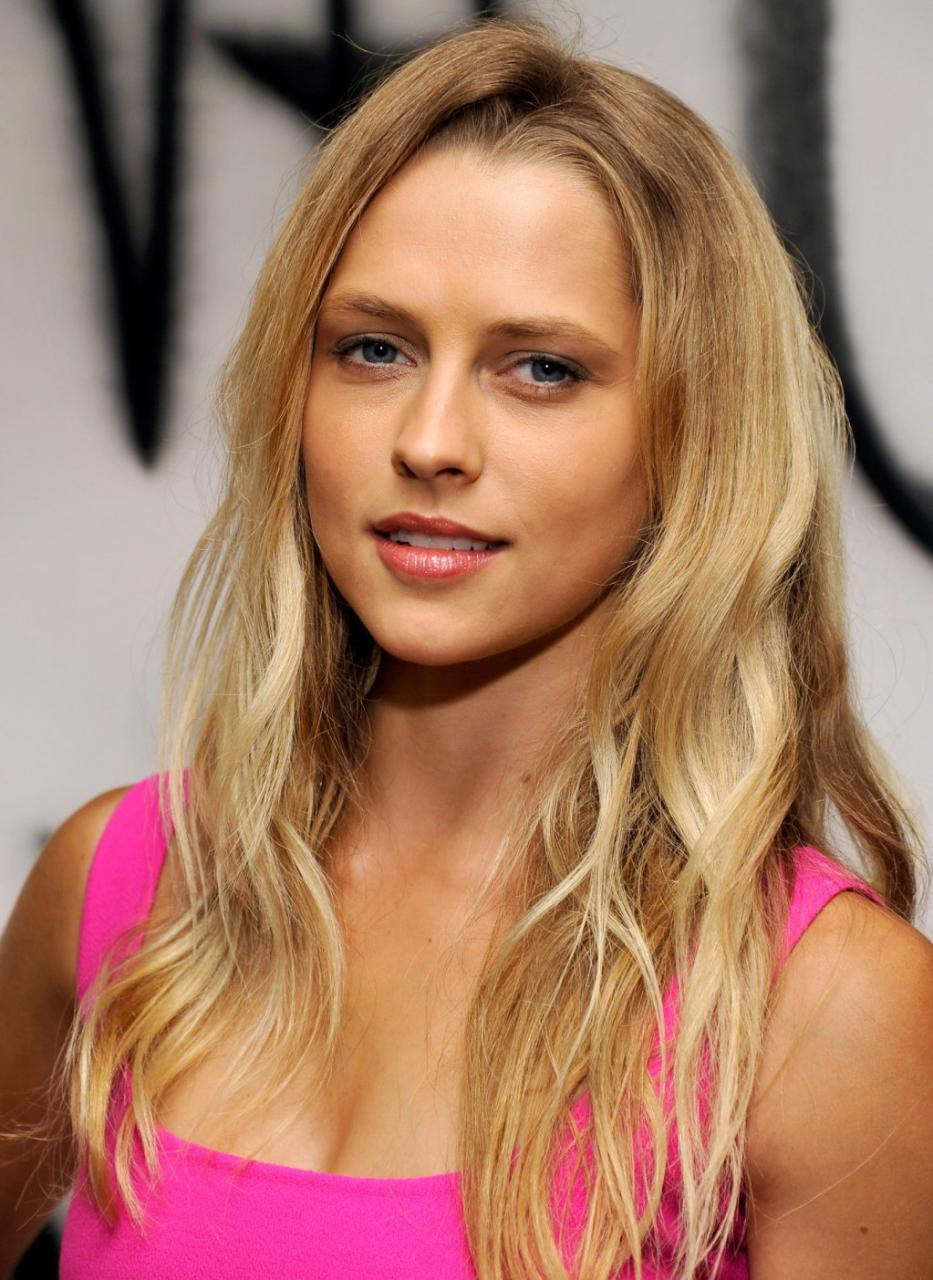 Teresa Palmer Nude Photos 93